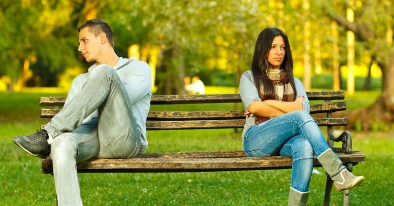 5 Behaviors That Say Dump Her Now