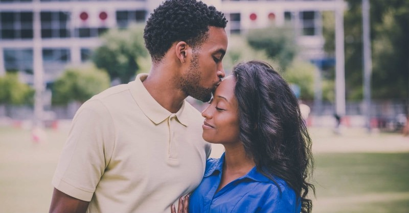 10 Ways to be Your Husband's Number 1 Helper