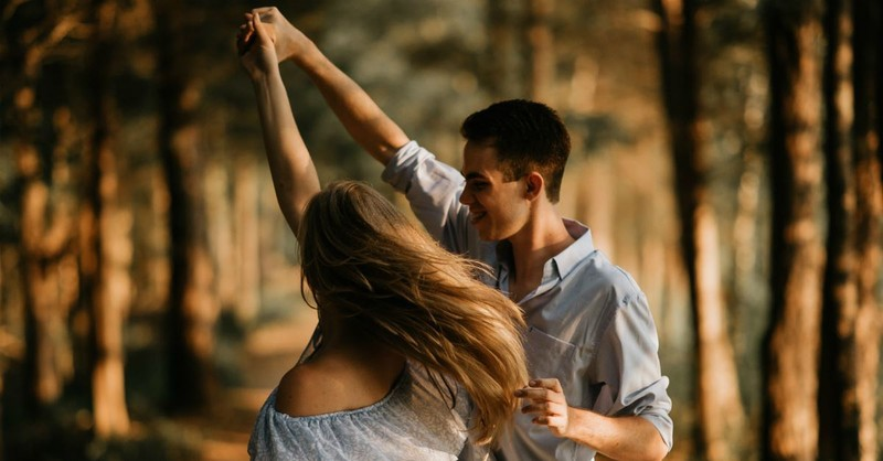 Christian Dating: 3 Signs Your Yoking is Healthy