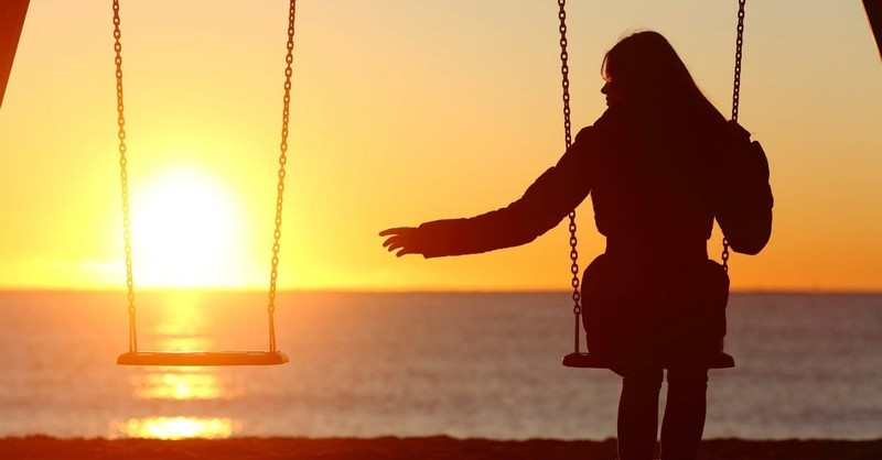 How to Help Loved Ones Who Refuse to Cope with Their Grief