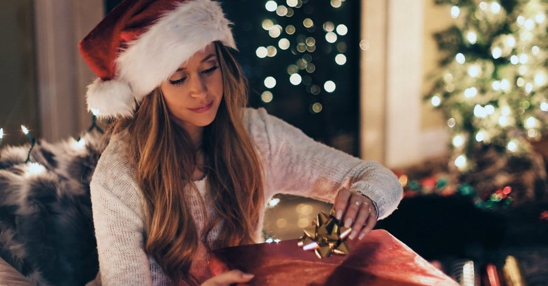 Are You a Christmas Control Girl?
