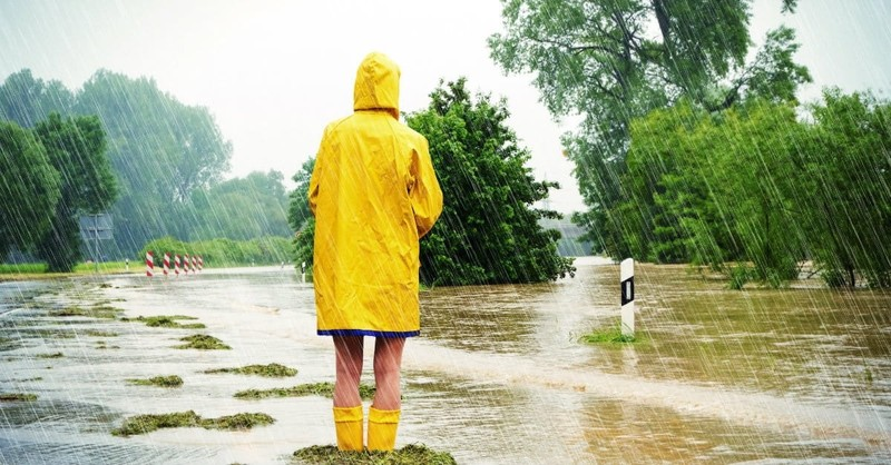 Help for Facing Life's Storms: 7 Promises of God