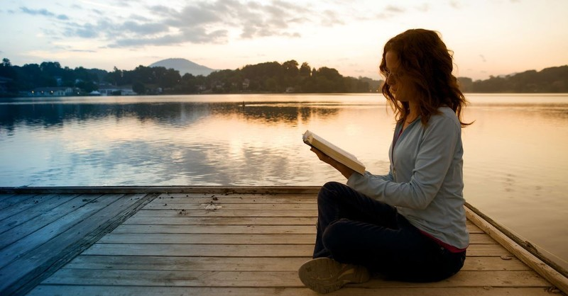 5 Ways to Be a Virtuous Woman