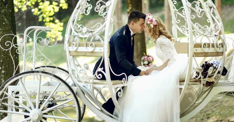 Don't Let Pinterest Take Over Wedding Planning