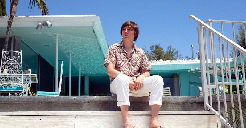 A Beach Boy Finds <i>Love & Mercy</i> in an Earthly Savior