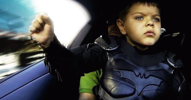 <i>Batkid Begins</i> Brings Out the Best in Social Media