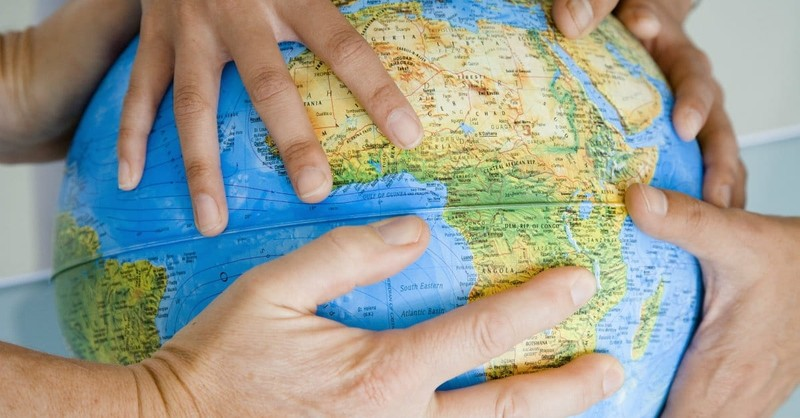 How to Pray with a Global Perspective