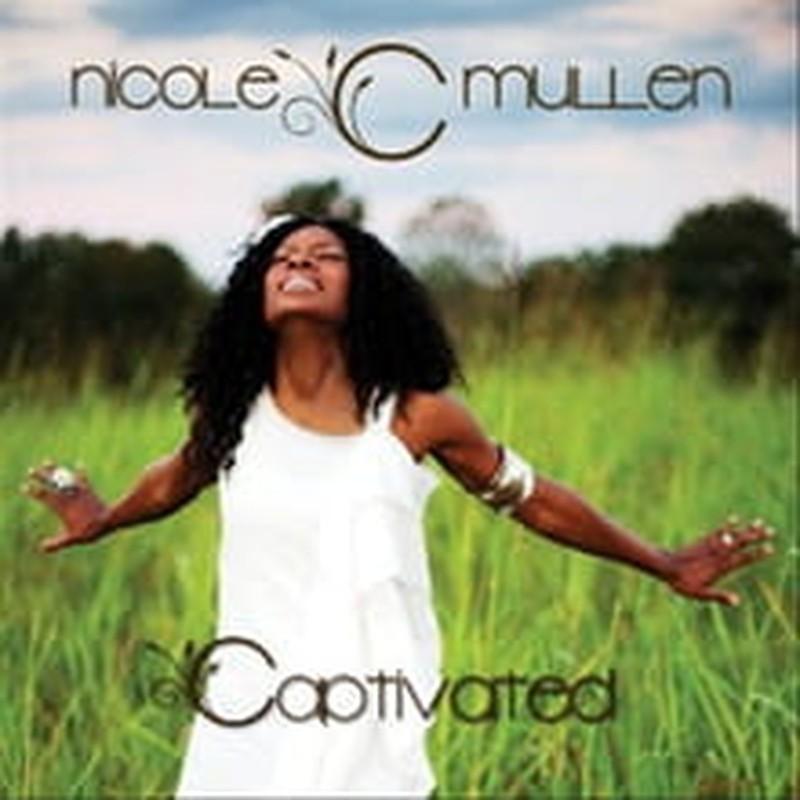 Mullen Makes a Joyful Noise on <i>Captivated</i>