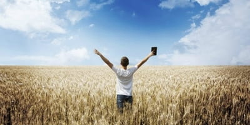 4 Ways Pastors can Proclaim Christ to the World