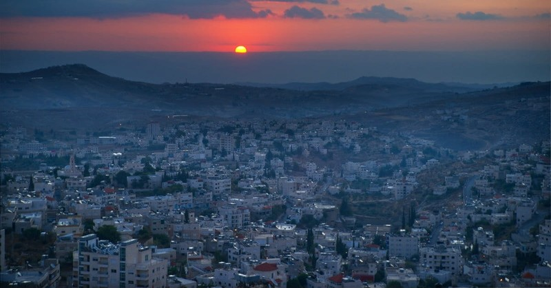 O Little Town of Bethlehem - Lyrics & Story Behind Popular Christmas Carol