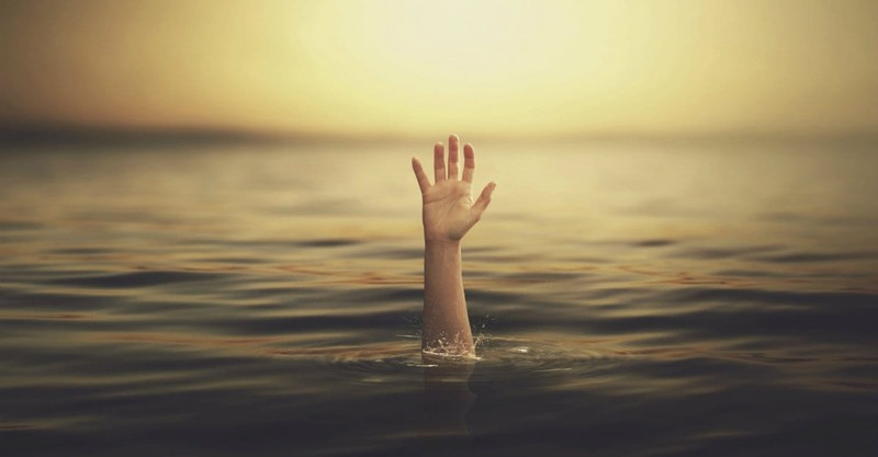 12 Survival Tips for When You Feel Like You're Drowning