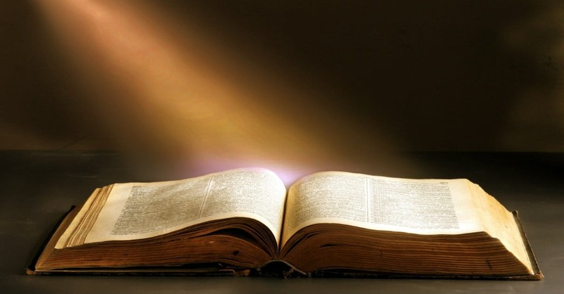10 Powerful Ways God Speaks in the Bible