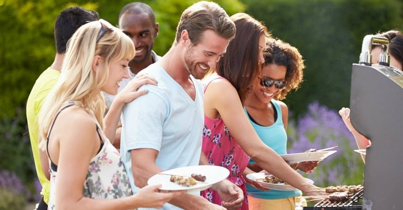 10 Simple Ways to Meet Your Neighbors This Summer
