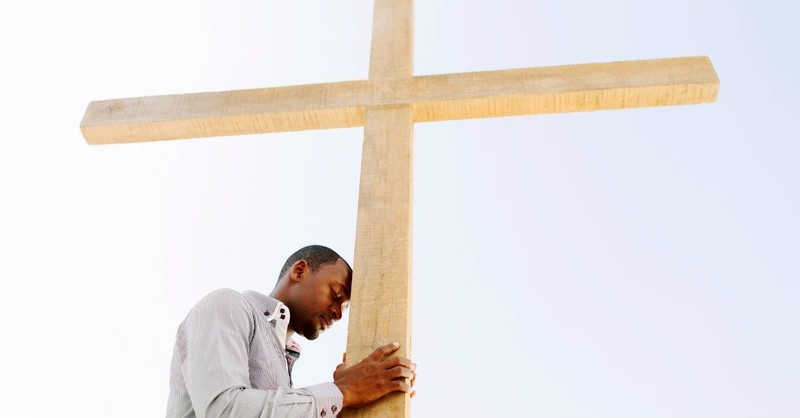 2 Reasons to Draw Near to God in Suffering (Rather Than Reject Him)