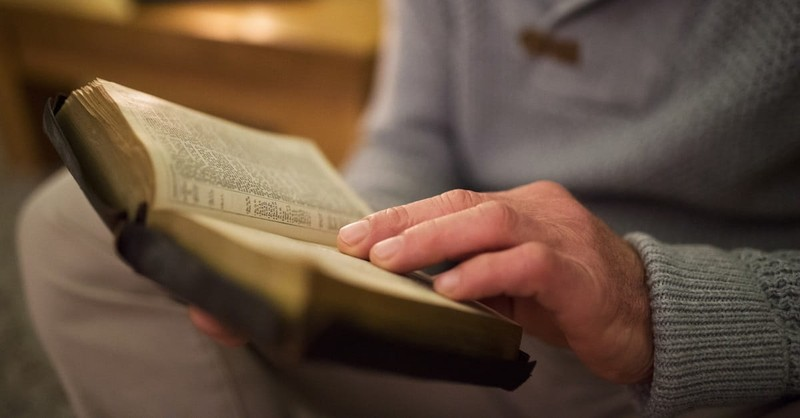 10 Promises for Your Bible Reading