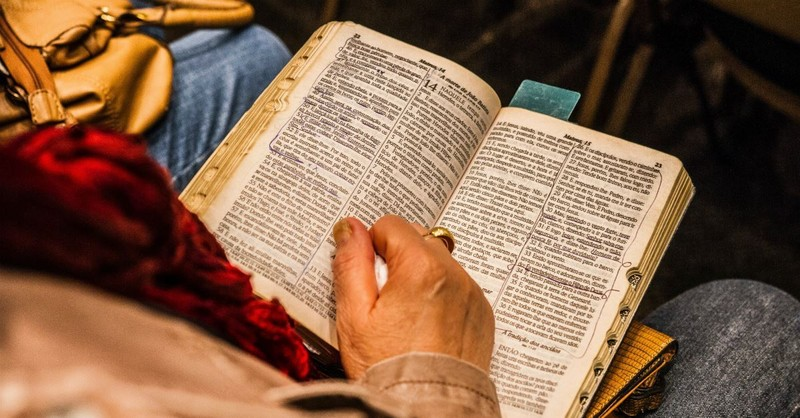 8 Principles from Scripture (and God's Character) to Strengthen Prayers