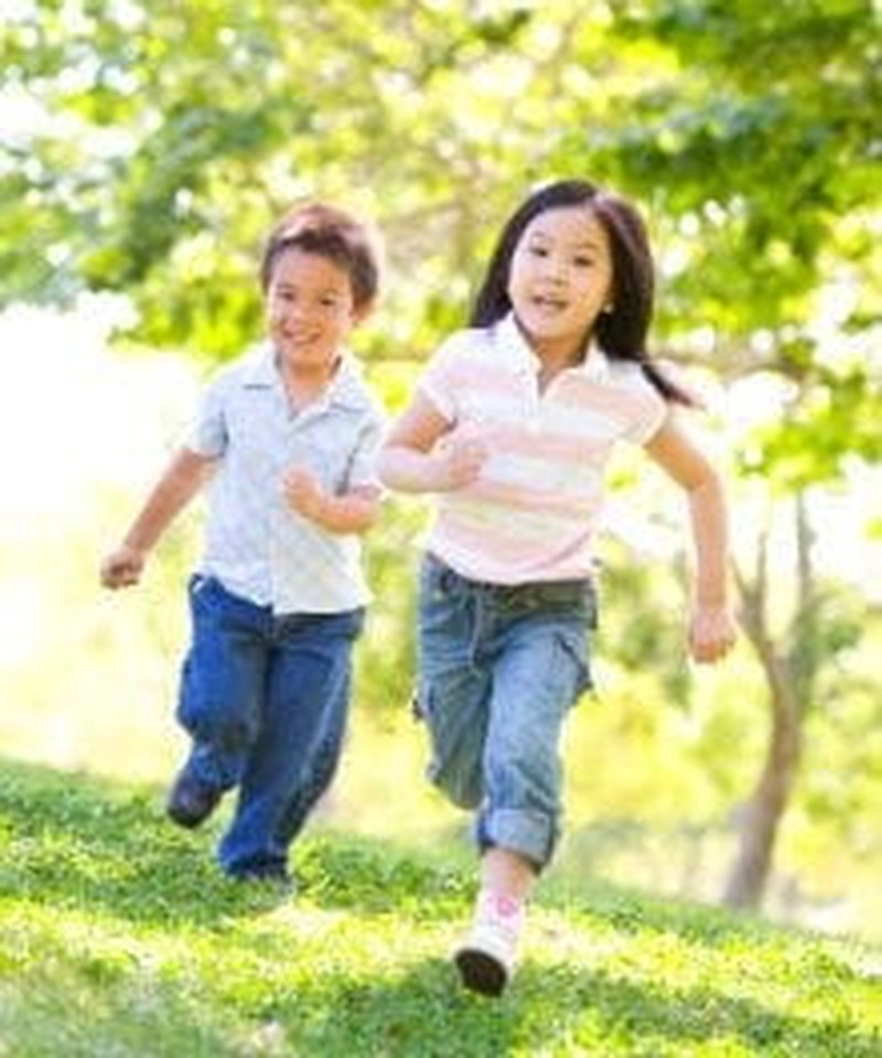 Unstructured Play (and Why Your Kids Need More of It This Summer)