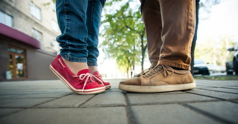 How to Help Your Teen Make the Right Choices About Dating