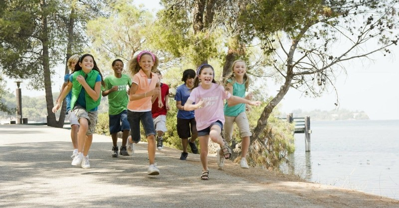 8 Ways to Help Your Children Play and Learn