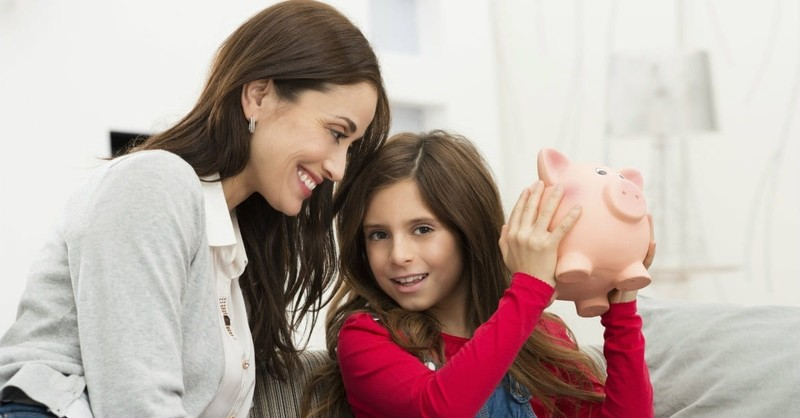 10 Ideas for Raising Children to Become Generous Adults