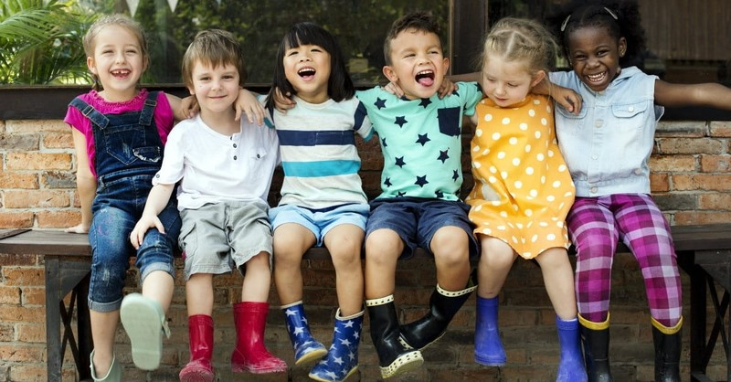 4 Reasons Why You Shouldn't Teach Your Kids to be Colorblind