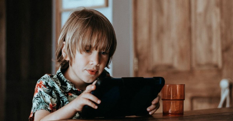 3 Things to Tell Your Kids about Posting on the Internet