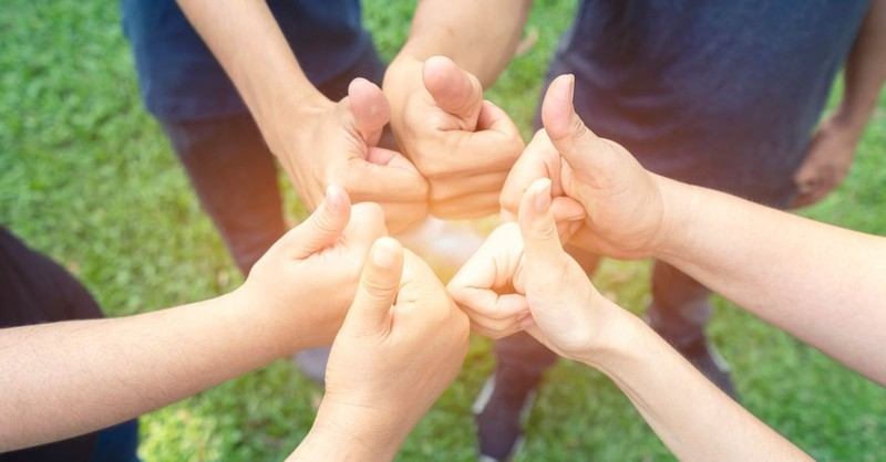 5 Simple Ways to Be a Positive Influence in Your Church Family