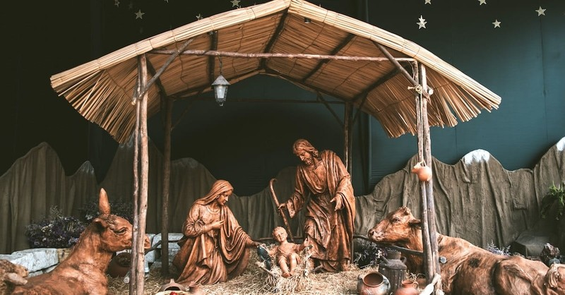 The Magnificent Splendor of God at Christmas