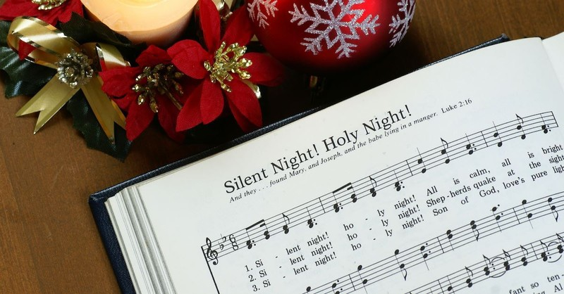 15 Popular Christmas Carols Everyone Should Know Christmas And Advent