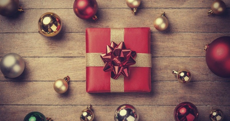 6 Smart Ways to Save Money This Christmas