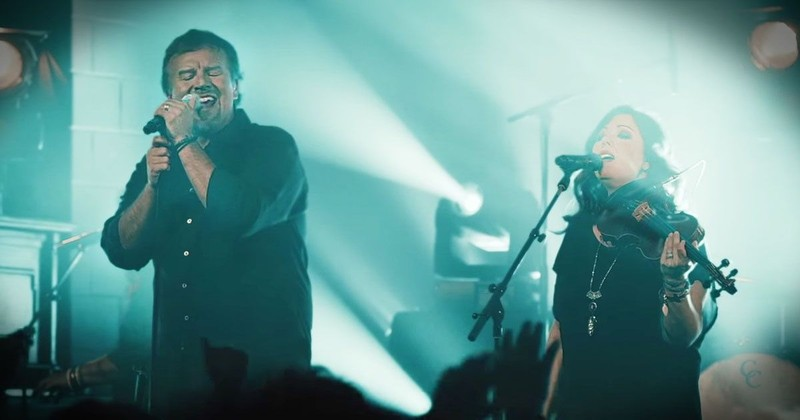 'Just Be Held' - Spine-Tingling Song From Casting Crowns