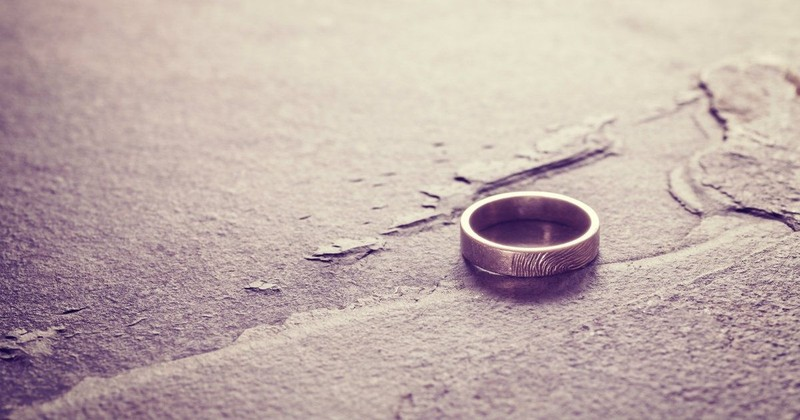 The Christian Woman's Guide to Starting Over after Divorce: 7 In-Depth Steps