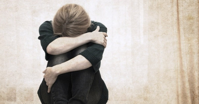 10 Ways to Help Someone Who is Hurting