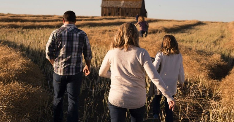 10 Ways to Create a Family Vision and Mission Statement