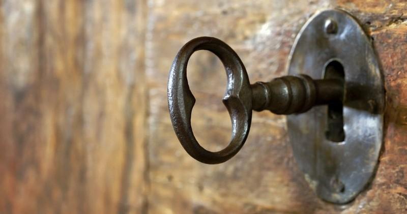"3 Ways to Be Sure an ""Open Door"" Is from God"