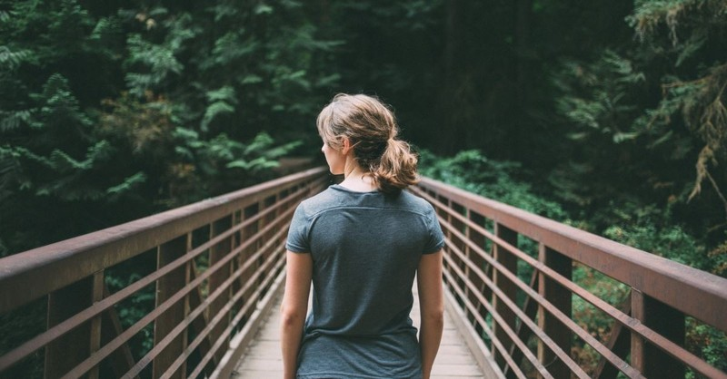10 Powerful Verses for When You're Making Tough Decisions