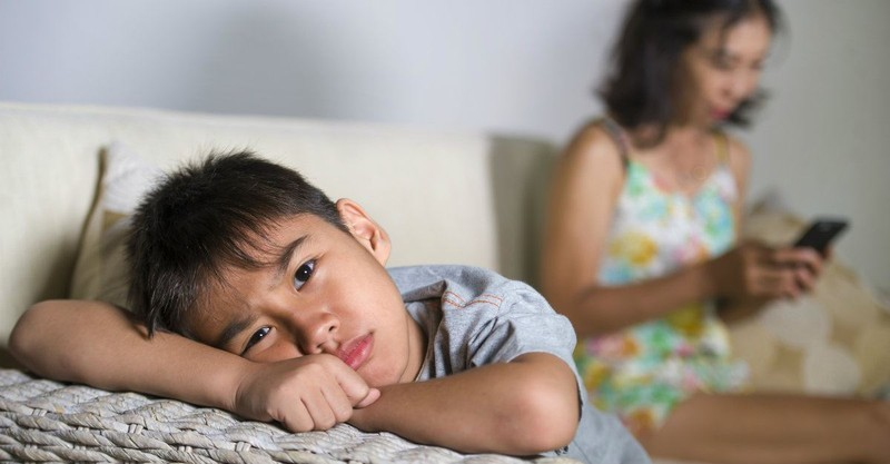10 Cultural Habits that Distance You from Your Children