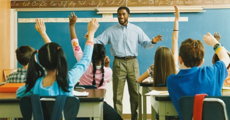 5 Ways Your Kids Can Express Their Faith at School