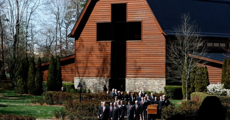 These are the 6 Beautiful Songs Billy Graham Chose for His Funeral Service