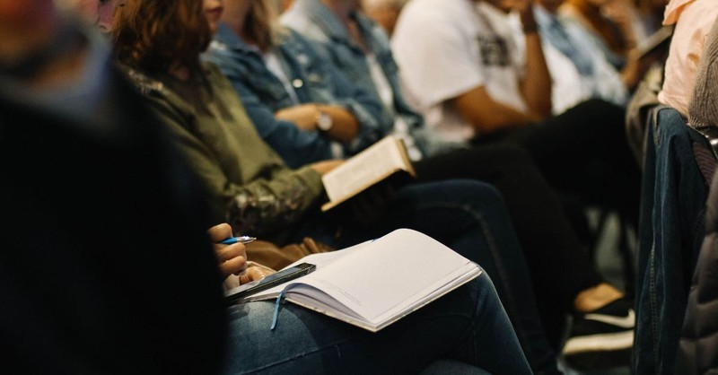 """Tim Challies: Francis Chan's Book Makes House Churches Look Like the """"Only Faithful Churches Left"""""""