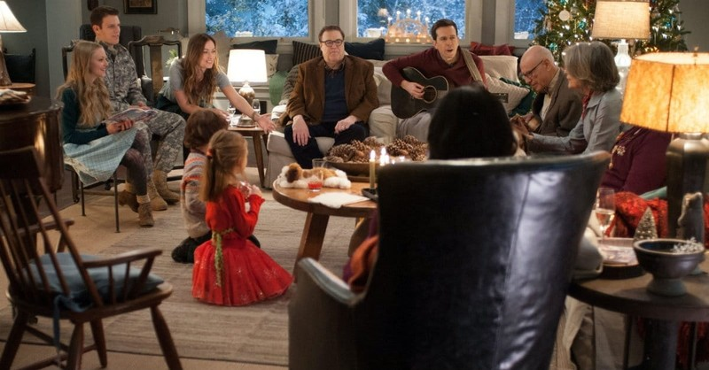 <i>Love the Coopers</i> Can't Compete with Superior Holiday Home Viewing Options