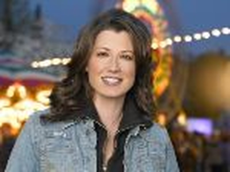 "Amy Grant Helps Fulfill Dreams on NBC's New ""Three Wishes"""