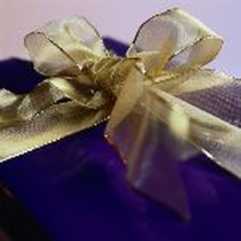 Debt-Proof Your Kids: A Lesson On Gift-Giving