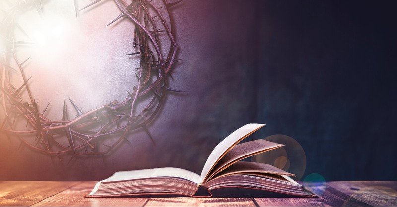 Bible and the crown of thorns