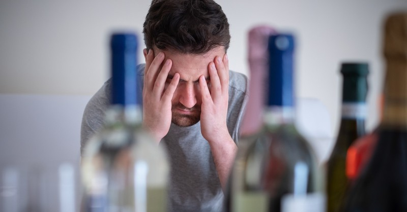 4 Signs Alcohol May Be a Stronghold in Your Life