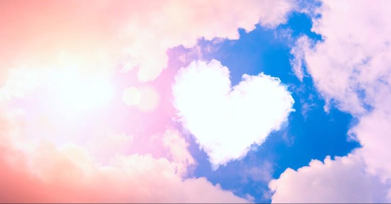Heart shaped cloud in the sky