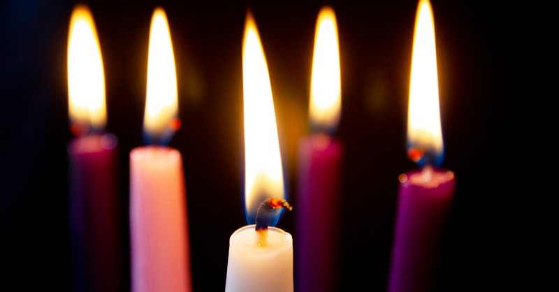 advent candle colors, colors of advent, advent wreath colors