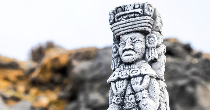 A Mayan statue