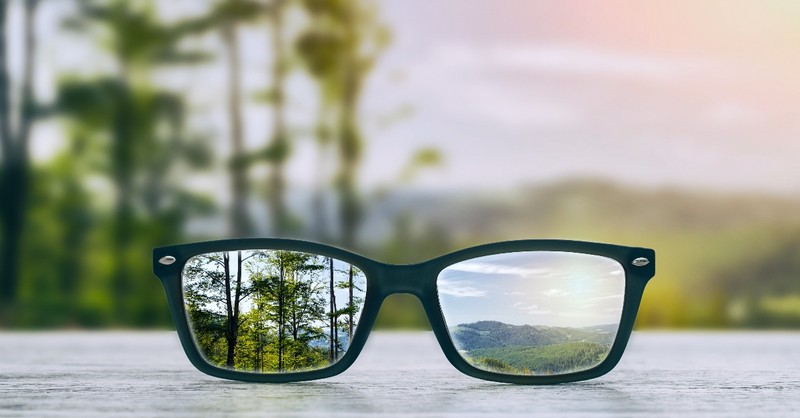 Glasses focused on two things
