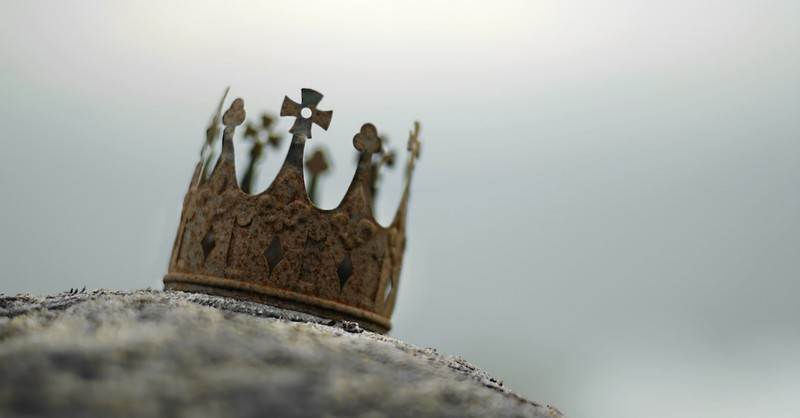 rusted crown on a rock, king Saul